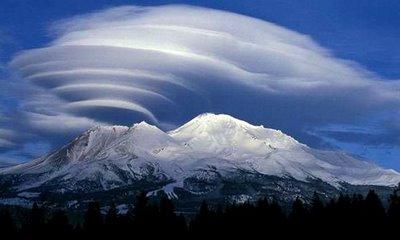 rare_clouds_17.jpg