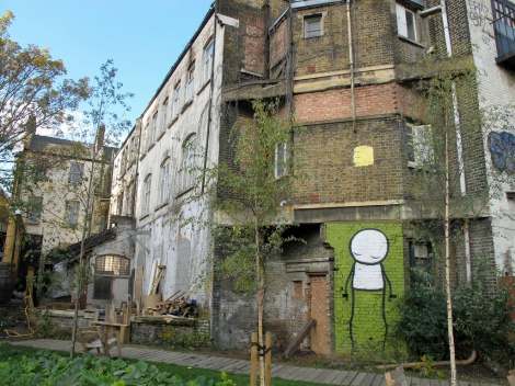 Dalston Garden 3