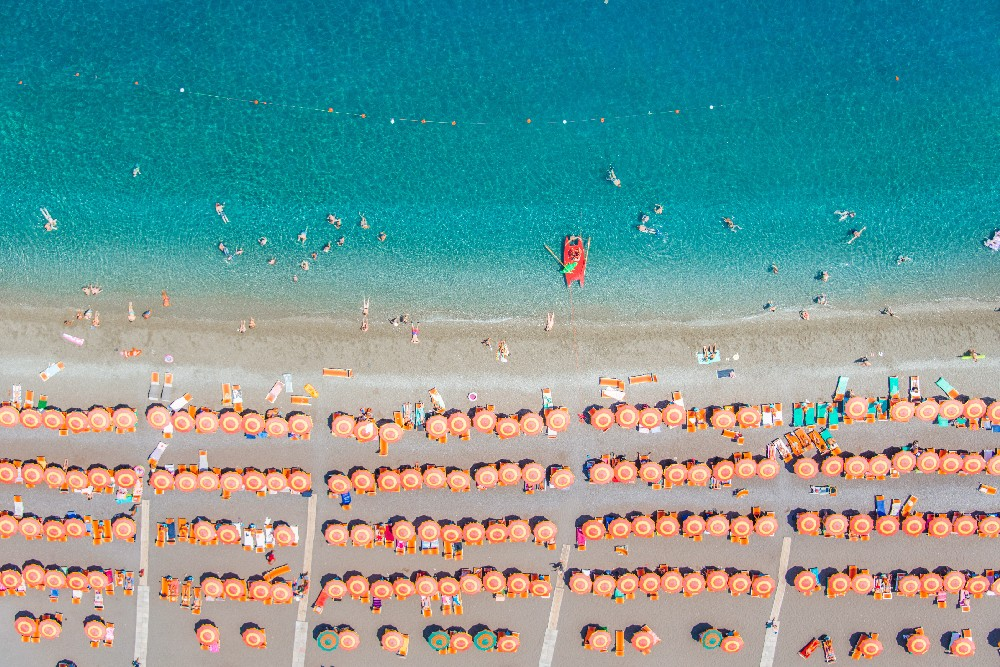 positano-orange-umbrellas